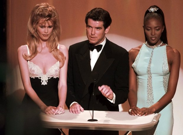 The most Iconic Oscars Dresses Claudia Schiffer