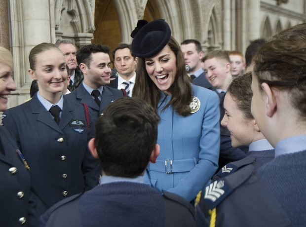 duchess of cambridge meets the RAF Air Cadets